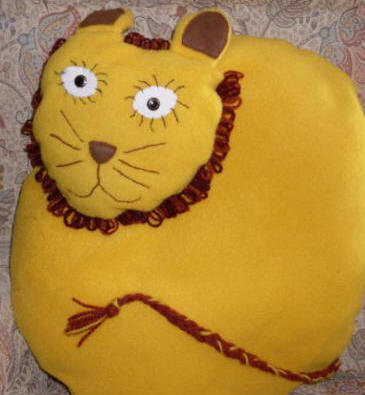 Cushion_lion