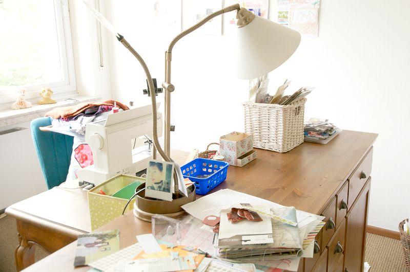 Desk-plus-projects