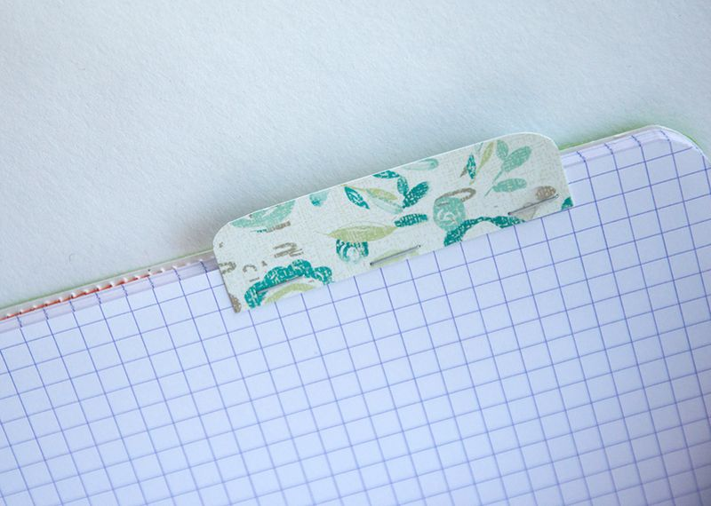 Patterned-paper-tab